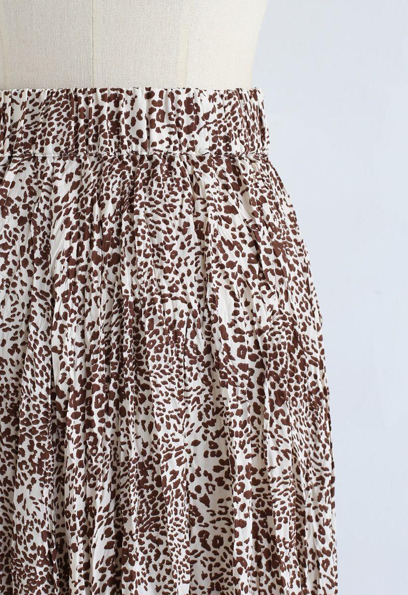 Leopard Print Pleated Midi Skirt in Brown