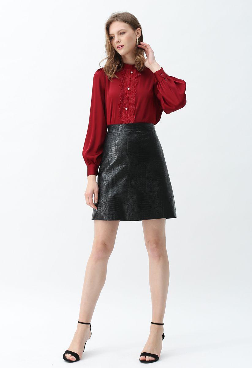 Crocodile Print Faux Leather Skirt in Black