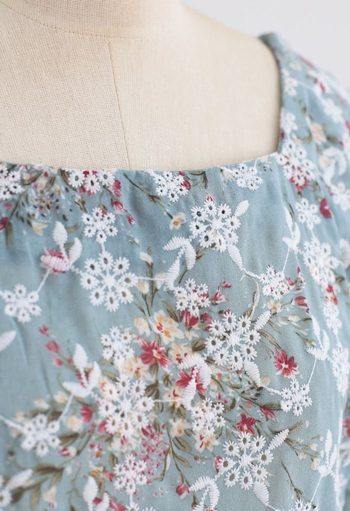 Floral Print Embroidered Bubble Sleeves Chiffon Top in Teal