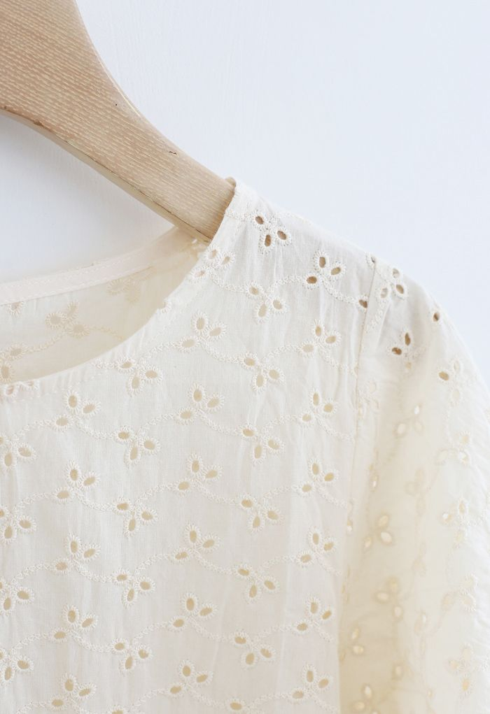 Puff Sleeves Eyelet Floral Embroidered Top in Cream