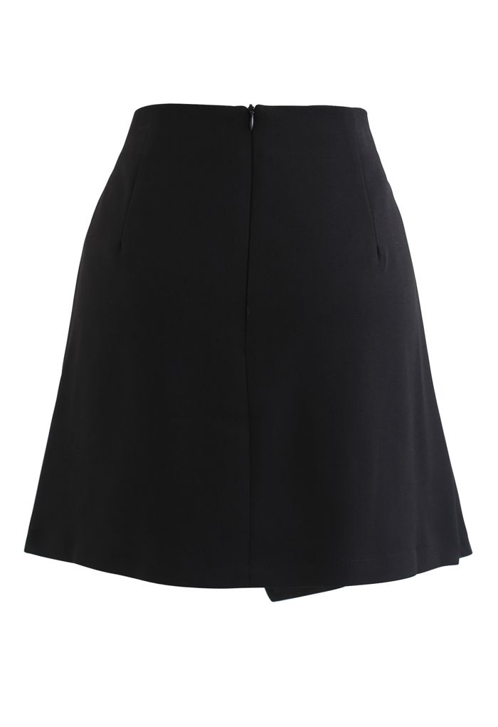 Side Ruched Belt Asymmetric Mini Skirt in Black