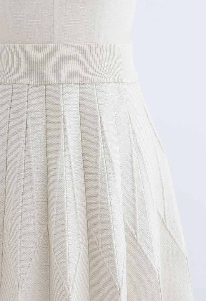 Stripe Pleated A-Line Knit Skirt in Cream