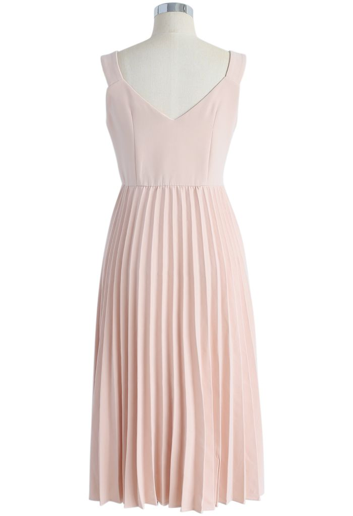Felicity Comes Around Pleated Cami Dress in Pink