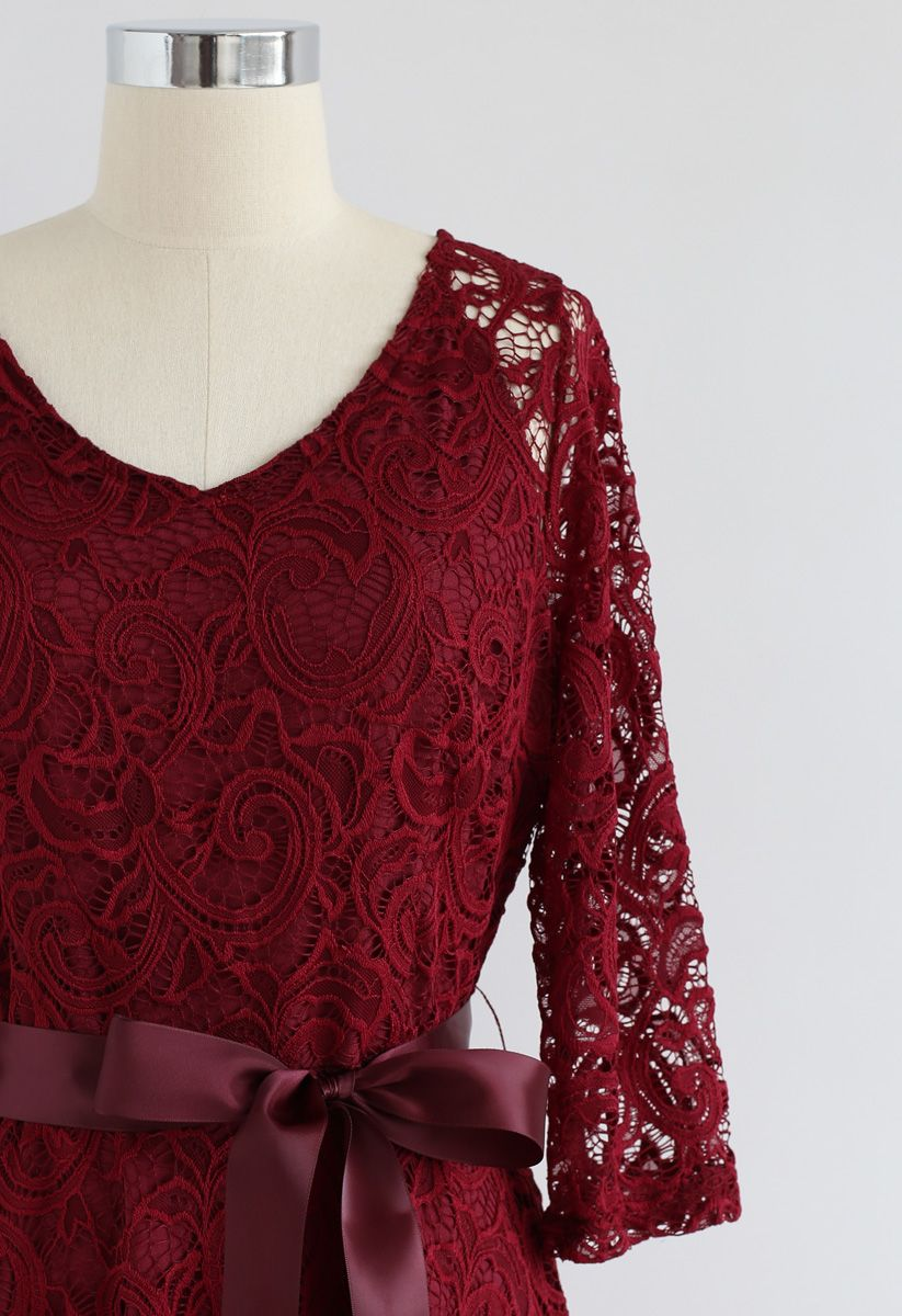 Reminisce Autumn V-Neck Lace Dress in Red