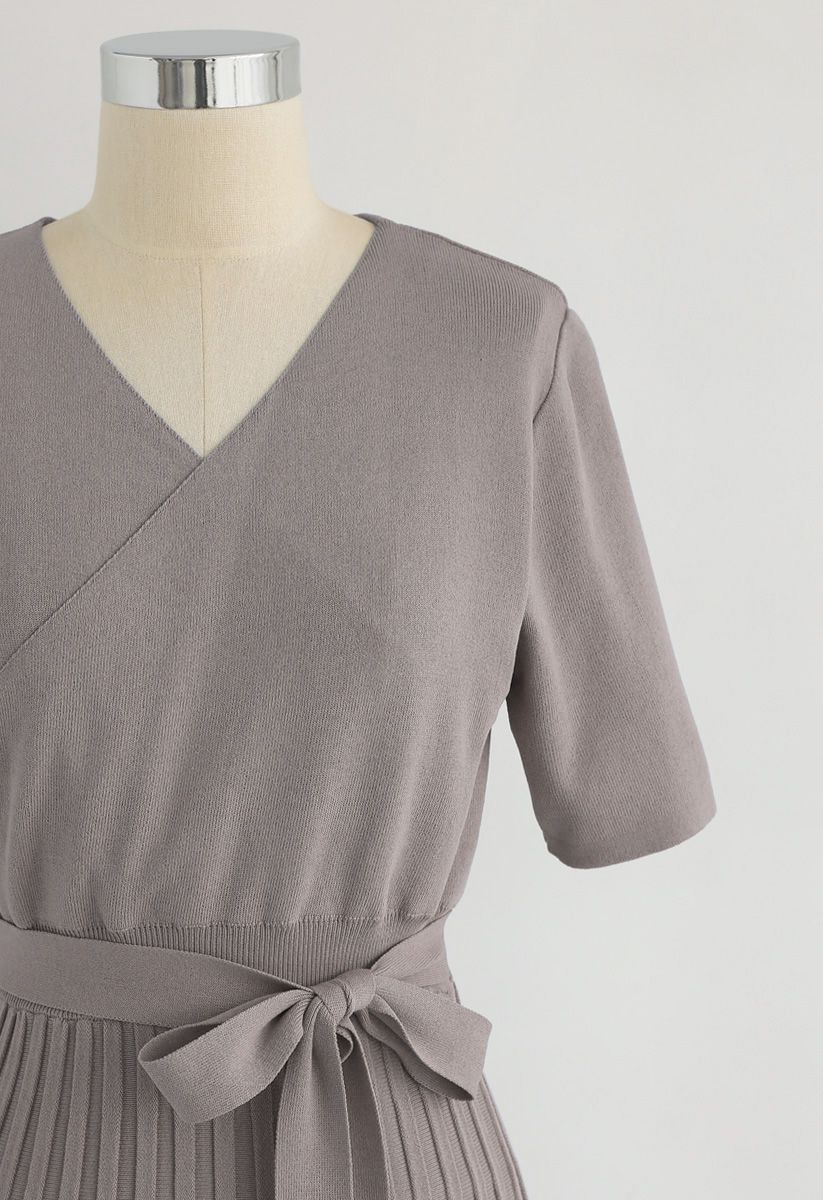 Effortless Charming Knit Dress in Taupe