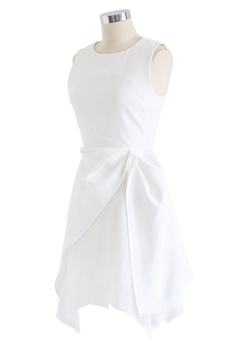 Asymmetric Hem Sleeveless Dress in White